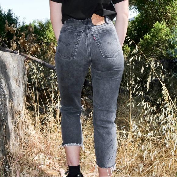 Levi's Denim - Vintage Cropped Black/Grey Levi Jeans